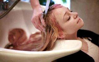 Как смыть тоник с волос: быстро, полностью, чем убрать в домашних условиях, через сколько дней можно вывести с осветленных и других волос, можно ли за один раз