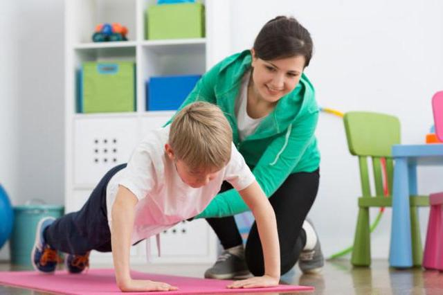 ЛФК для детей с нарушение осанки: упражнения для исправления, польза гимнастики и зарядки