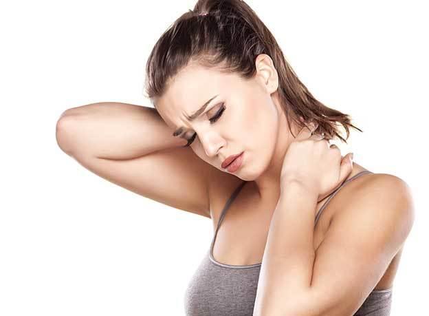 Шейный остеохондроз у женщин: симптомы, причины и лечение, первые признаки
