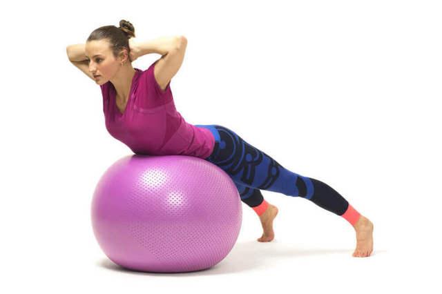 Гиперэкстензия для спины: как правильно делать, показания, польза