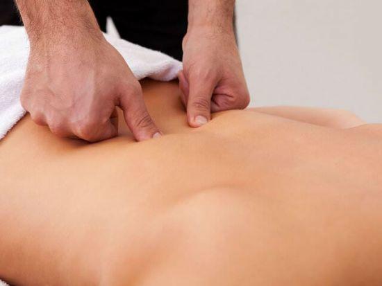 Болит спина после кесарева сечения: причины, лечение болей
