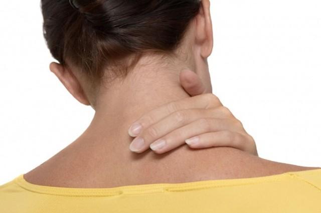 Болит шея с правой стороны: причины боли справа, лечение, что делать