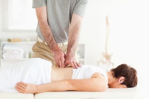Лордоз позвоночника (физиологический и патологический): что это такое, лечение, как убрать искривление
