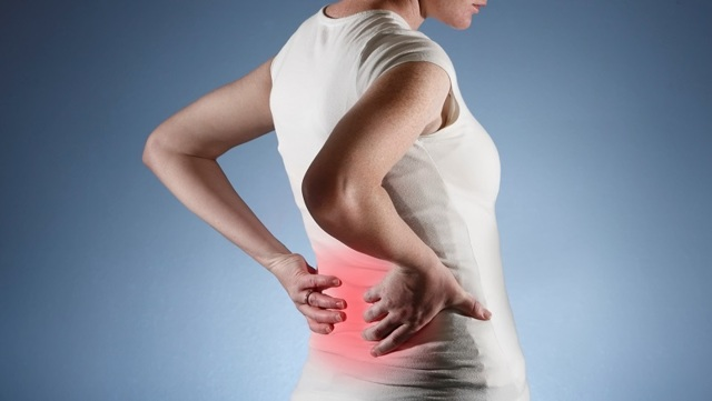 Болят бока с двух сторон со спины: причины, лечение, диагностика