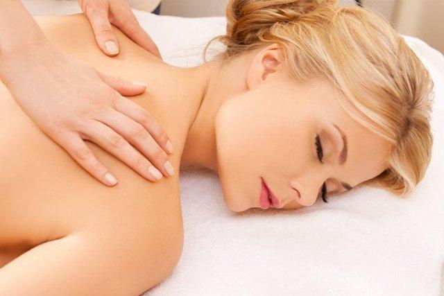 Как правильно сделать массаж? Как научиться 👀 правильно делать массаж спины и шеи? Профессиональные уроки массажа спины для начинающих