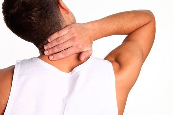 Воротник Шанца при шейном остеохондрозе: отзывы о бандаже, корсеты для лечения шеи