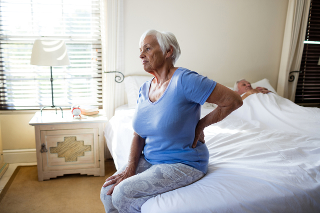 Люмбалгия поясничного отдела позвоночника: лечение синдрома, симптомы, виды (острая, хроническая)