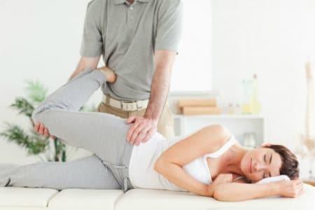Какой врач лечит остеохондроз, к кому обращаться при болях в шейном отделе
