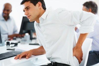Болит низ живота и поясница: причины, почему тянет спину, лечение боли