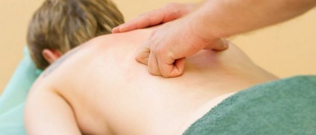 Мануальная терапия при грыже поясничного отдела позвоночника: показания, недостатки