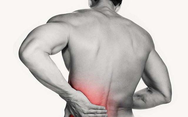 Боль в пояснице у мужчин: причины, что делать, если болит, лечение