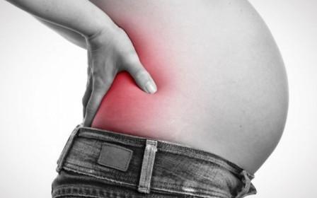 Болит спина при беременности: как облегчить сильную боль в позвоночнике, что делать