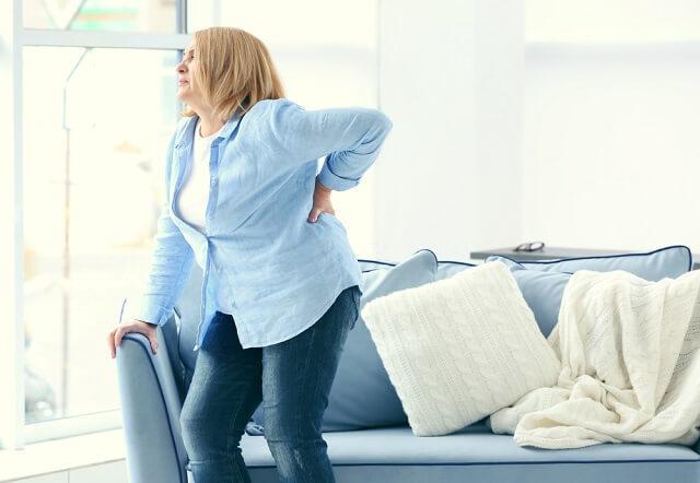 Дорсопатия грудного отдела позвоночника: лечение, причины, симптомы