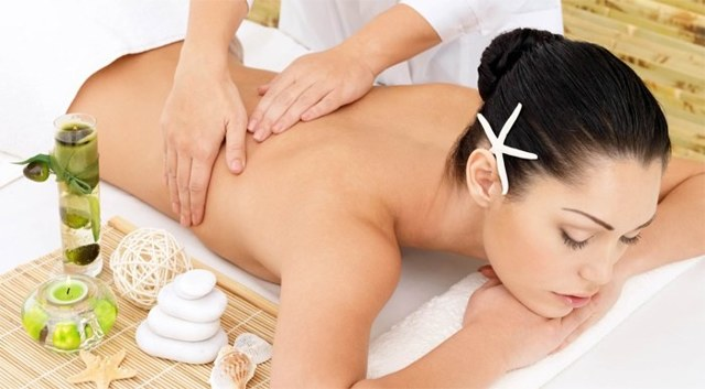 Классический массаж спины: обучающее видео, техника выполнения