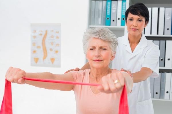 Болит спина слева внизу сзади у женщин