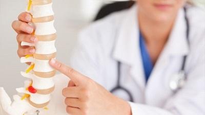 Лечение грыжи шейного отдела позвоночника без операции: препараты, упражнения, йога
