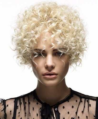 Каре на тонкие волосы: фото женской стрижки с челкой и без нее, виды прически на жидкие, редкие, длинные локоны, классическое, до плеч, для блондинок и другие варианты, особенности и технология выполнения, способы укладки, плюсы и минусы, примеры знаменитостей