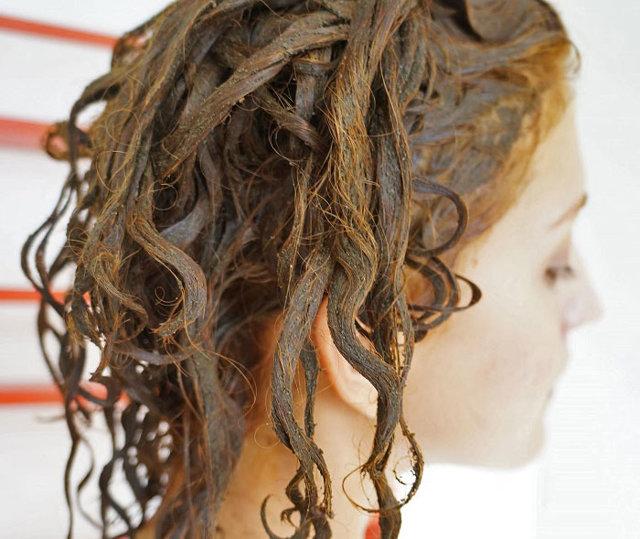 Если покрасить волосы умрут ли вши: убивает ли краска вшей и гнид, можно ли совсем вывести паразитов с ее помощью, могут ли они завестись на окрашенных волосах