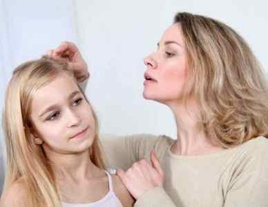 Перхоть у ребенка: причины и лечение, как быстро избавиться, вылечить сухую кожу головы, что делать с проблемой у детей разного возраста, у новорожденного и грудничка, ребенка 5–8 лет, подростка 9–12 лет