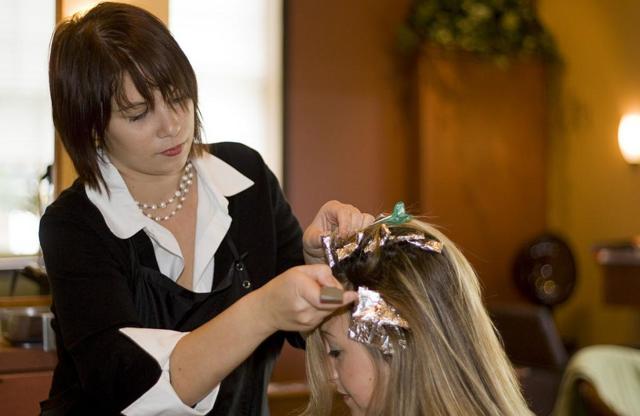 Как смыть тонировку с обесцвеченных волос быстро