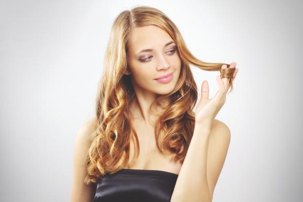Пышные прически: какую сделать стрижку, прическу, как уложить пушистые вьющиеся волосы, правила ухода, модные, простые красивые укладки на каждый день для густых, непослушных локонов