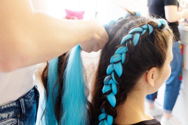 Голландская коса: как плести, схема, видео, история прически, ее названия, кому и для какого случая подходит плетение, пошаговая инструкция с фото, модные варианты, способы укладки, плюсы и минусы