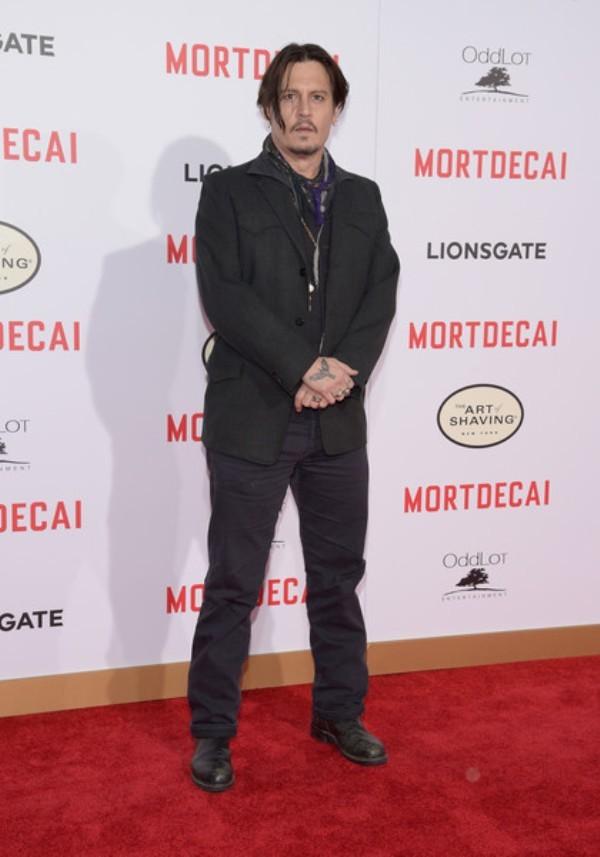 Причёски Джонни Деппа: фото стрижки актёра в разные годы карьеры и сейчас — в молодости, короткая, в фильме «Однажды в Мексике», как называется, как сделать такую же, видео