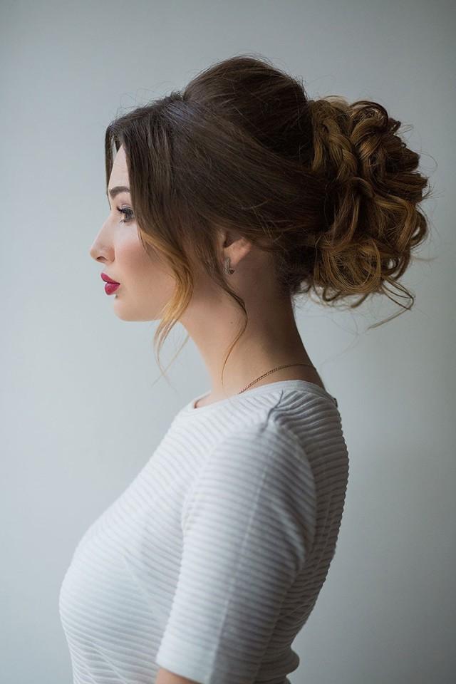 Прически с распущенными волосами: красивые, легкие, простые полураспущенные укладки на каждый день своими руками, как носить, красиво уложить самой себе, классные и прикольные идеи для прямых локонов с невидимками и не только на каждый день, как привыкнуть ходить с такой укладкой