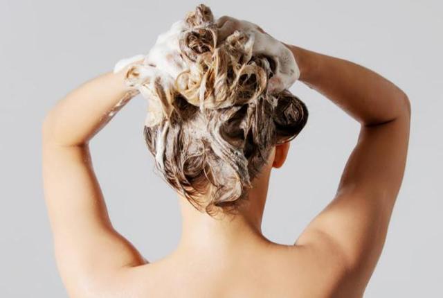 Декапирование волос: что это такое, отзывы, сколько стоит декупаж, как сделать в домашних условиях пудрой эстель и другими средствами, фото, цена в салоне