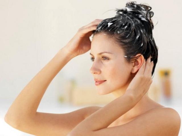 Скраб для кожи головы от перхоти: обзор лучших средств, рецепты изготовления в домашних условиях, инструкция по применению, цена, отзывы