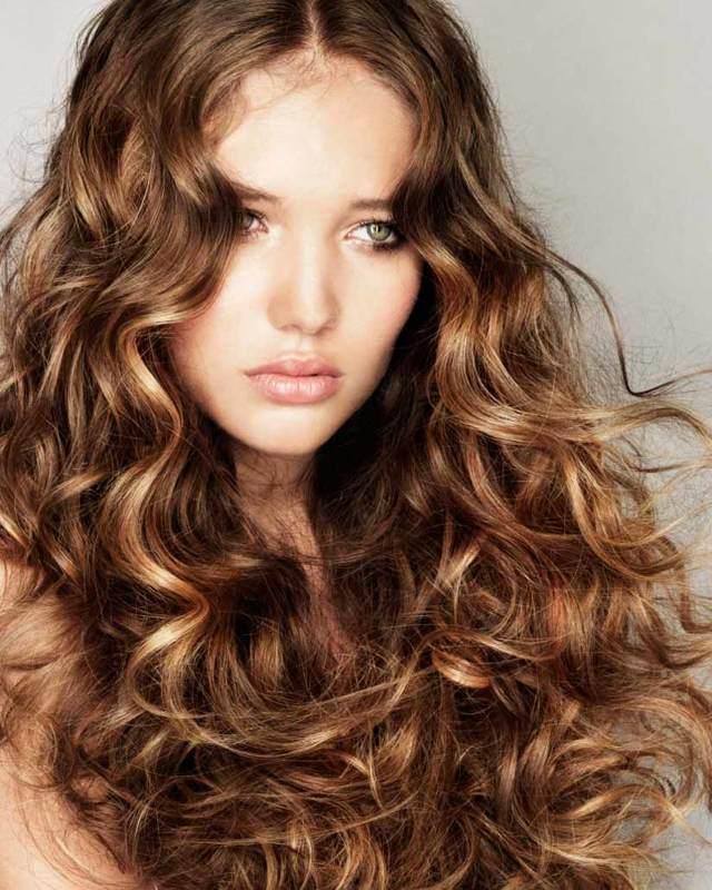 Химическая завивка волос крупные локоны: как сделать крупную химию на короткие, средние и длинные волосы, какие бигуди и коклюшки используются для современной и долговременной крупной химии, стоимость, фото, отзывы