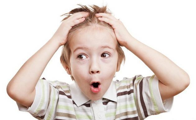 Алопеция у детей: у ребенка выпадают волосы на голове (у грудничка, подростка, новорожденного, девочки), лечение, причины облысения, что делать, детские витамины, шампуни