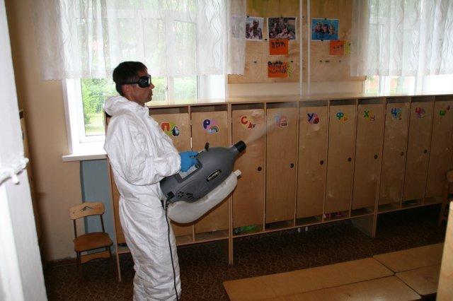 Обработка педикулеза: алгоритм санитарной обработки больного пациента от вшей и гнид дома, дезинфекция постельного белья, вещей, защита