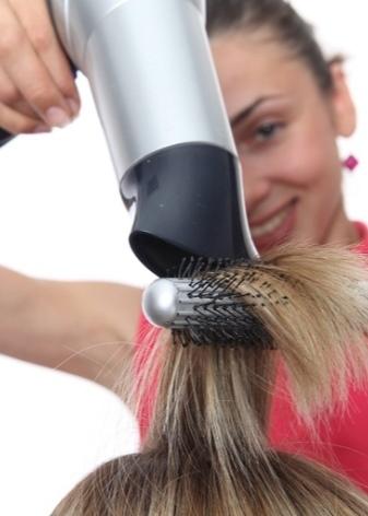 Как сделать кудри или локоны феном с насадкой для завивки, использование брашинга, щетки, расчески