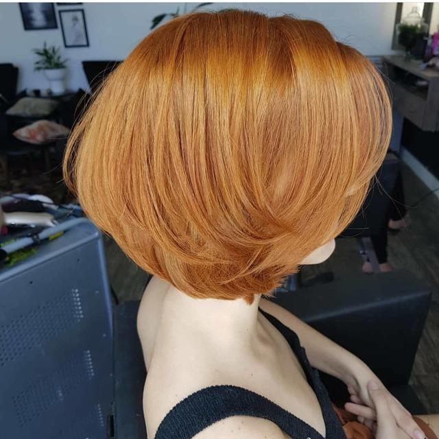 Стрижка каскад для круглого лица: фото прически на средние волосы с косой челкой, каскадных моделей, кому они лучше всего идут, особенности выполнения для круглолицых, самые лучшие варианты