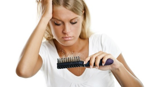Выпадают волосы после наркоза: что делать, может ли после операции начаться потеря локонов, как остановить процесс алопеции