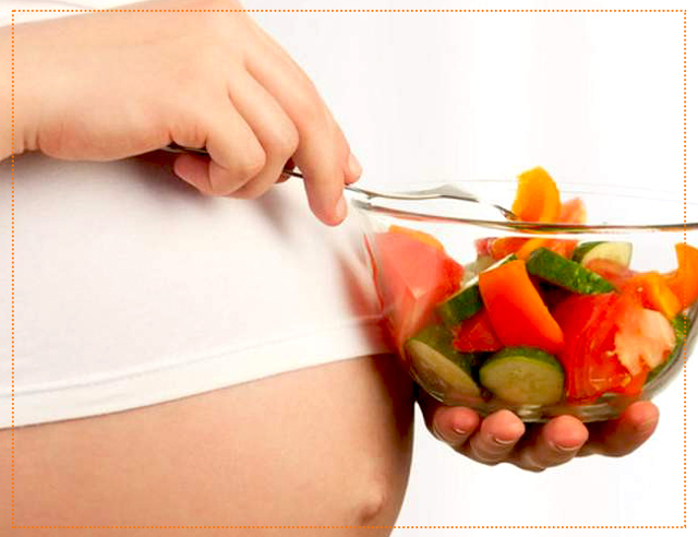 Выпадают волосы при беременности: что делать, почему сильно лезут локоны на ранних сроках и после, витамины, которые помогут от проблемы, отзывы