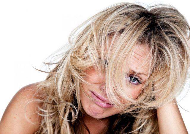 Ожог от краски для волос: лечение аллергии на голове после покраски, фото