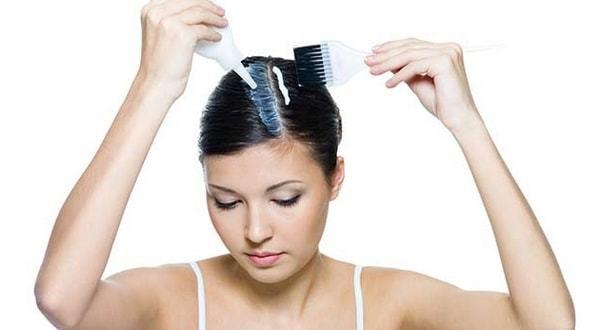 Как правильно красить волосы в домашних условиях: видео, как самостоятельно покрасить корни, концы волос, подходящая кисточка, использование профессиональной продукции