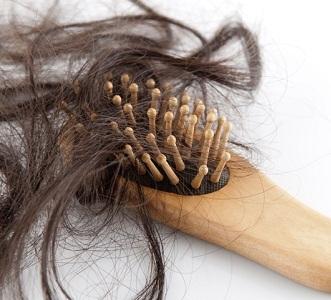 Выпадение волос при климаксе: как остановить, что делать с сильной алопецией, способы лечения