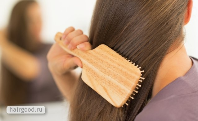 Электризуются волосы: что делать, причины почему сильно магнитятся волосы, как решить проблему в домашних условиях, правила ухода, косметические средства
