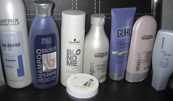 Как убрать желтизну с мелированных волос в домашних