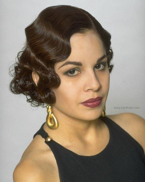 Прически 20-х годов: фото женских укладок и стрижек начала 20 века, как сделать прическу в стиле тех лет, какая одежда и макияж были в моде, примеры знаменитостей