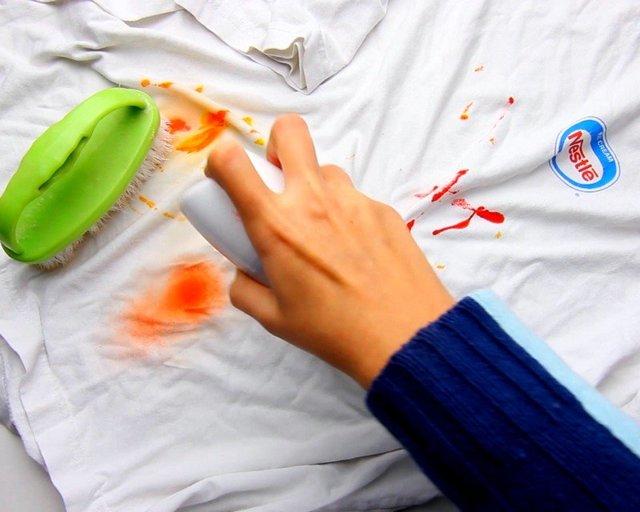 Чем смыть краску для волос с кожи: чем отмыть, оттереть, убрать с рук, с лица, с мебели, одежды, ремувер эстель и другие средства удалить хну, тонику, пятна от них